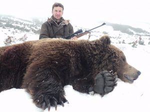 Hunt for brown bear in Magadan region with Kulu Safaris hunting outfitter
