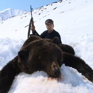 Mikhail Gorunov hunting brown bears with Kulu Safaris, Magadan, Russia