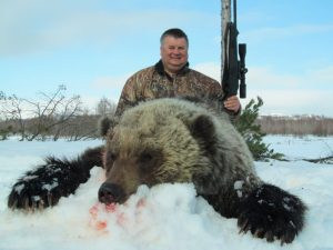 Guided spring brown bear hunts in Russia