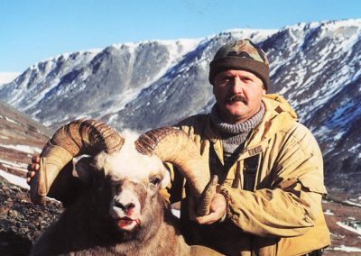 Sergey Rudakov snow sheep hunting in Magadan, Russia