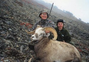 Hunters and big snow sheep trophy, Magadan, Russia with Kulu Safaris